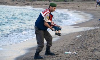 Drowned refugee boy